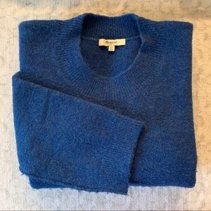 2/$35 Madewell // Blue oversized Knit Sweater